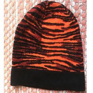 Kendo x H&M Tiger Burnout Beanie